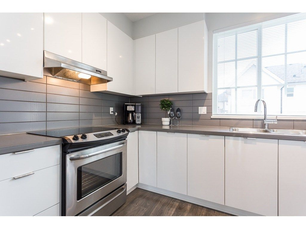 """Photo 4: Photos: 98 30989 WESTRIDGE Place in Abbotsford: Abbotsford West Townhouse for sale in """"Brighton at Westerleigh"""" : MLS®# R2562757"""