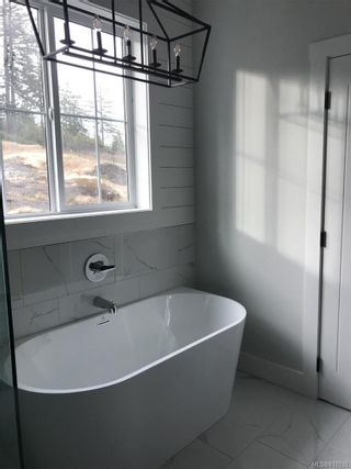 Photo 18: 2316 Mountain Heights Dr in Sooke: Sk Broomhill House for sale : MLS®# 817033
