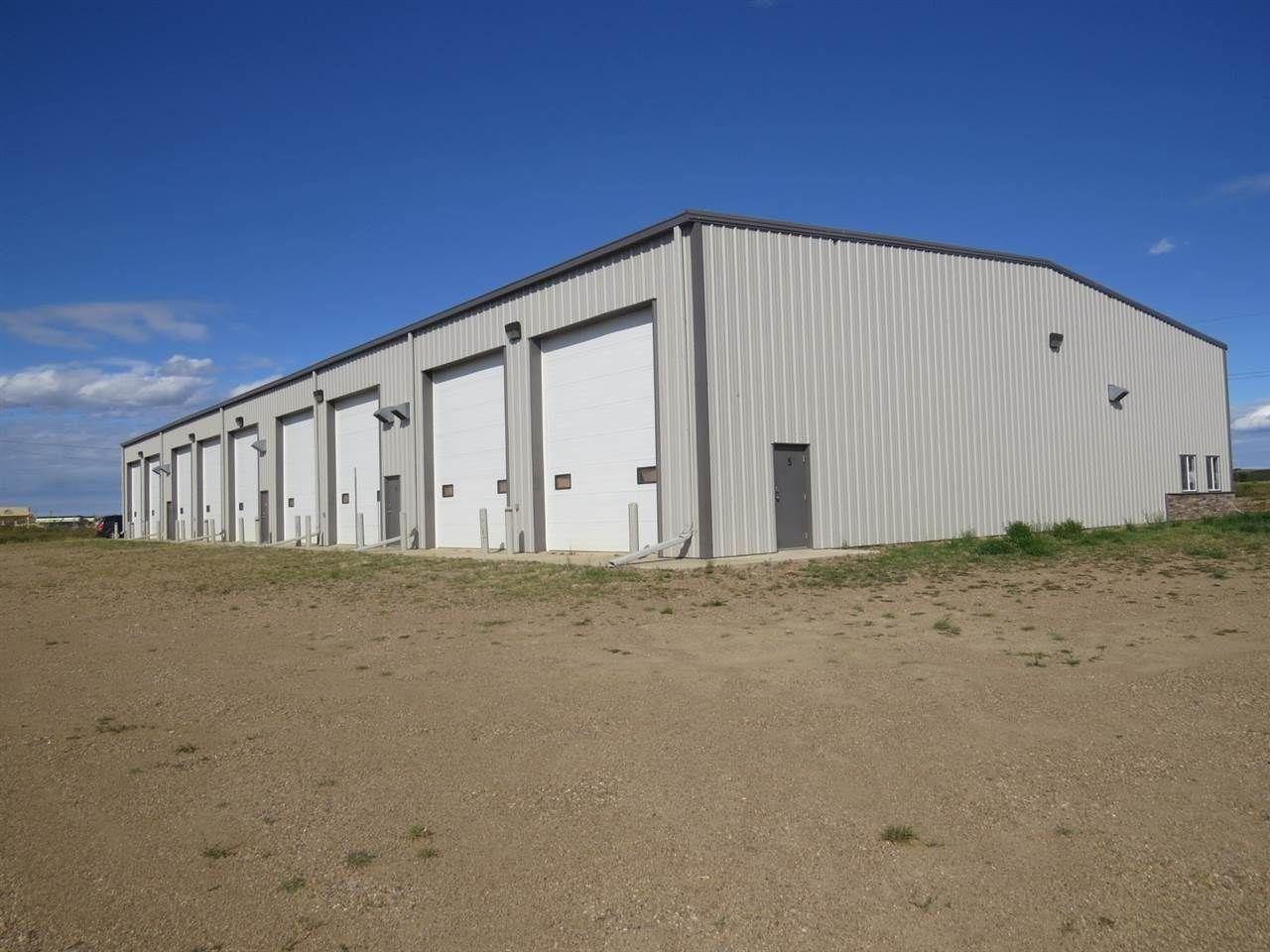 Main Photo: 4707 43 Avenue: Hardisty Industrial for sale : MLS®# E4213479