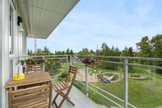 """Photo 4: 614 13963 105 Boulevard in Surrey: Whalley Condo for sale in """"HQ Dwell"""" (North Surrey)  : MLS®# R2584052"""