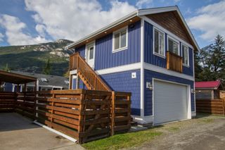 Photo 7: 38878 Newport Road in Squamish: House for sale
