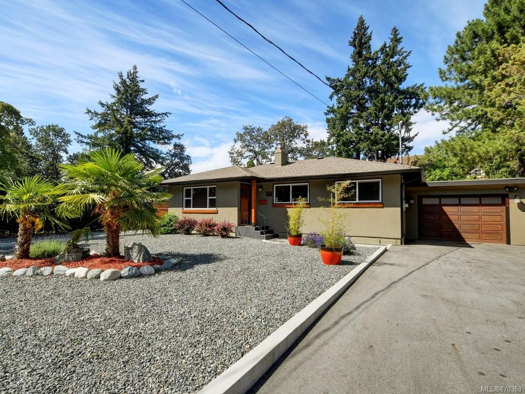 Main Photo: 674 Fairway Ave in : La Fairway House for sale (Langford)  : MLS®# 870363