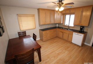 Photo 2: 368 9th Avenue Northwest in Swift Current: North West Residential for sale : MLS®# SK839965