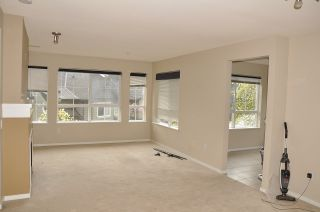 """Photo 5: 312 9233 GOVERNMENT Street in Burnaby: Government Road Condo for sale in """"SANDLEWOOD"""" (Burnaby North)  : MLS®# R2398621"""