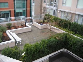 """Photo 16: 206 2483 SPRUCE Street in Vancouver: Fairview VW Condo for sale in """"SKYLINE ON BROADWAY"""" (Vancouver West)  : MLS®# V800976"""