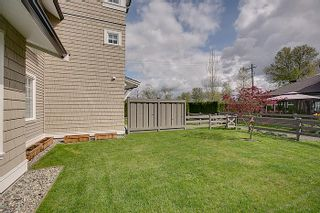 Photo 10: 19452 Fraser Way Pitt Meadows V946067