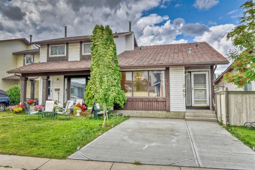 Main Photo: 167 Templevale Road NE in Calgary: Temple Semi Detached for sale : MLS®# A1140728