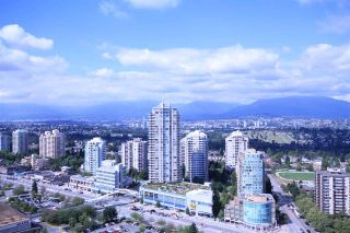 "Main Photo: 3503 4880 BENNETT Street in Burnaby: Metrotown Condo for sale in ""CHANCELLOR"" (Burnaby South)  : MLS®# R2542437"
