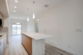 Photo 8: 83 Copperstone Road SE in Calgary: Copperfield Row/Townhouse for sale : MLS®# A1042334