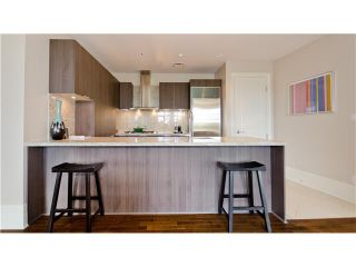 Photo 6: 102 540 Waters Edge Cresc in West Vancouver: Park Royal Condo for sale