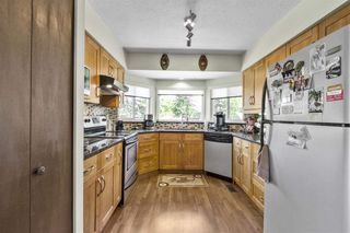 """Photo 6: 3225 SAIL Place in Coquitlam: Ranch Park House for sale in """"Ranch Park"""" : MLS®# R2455319"""