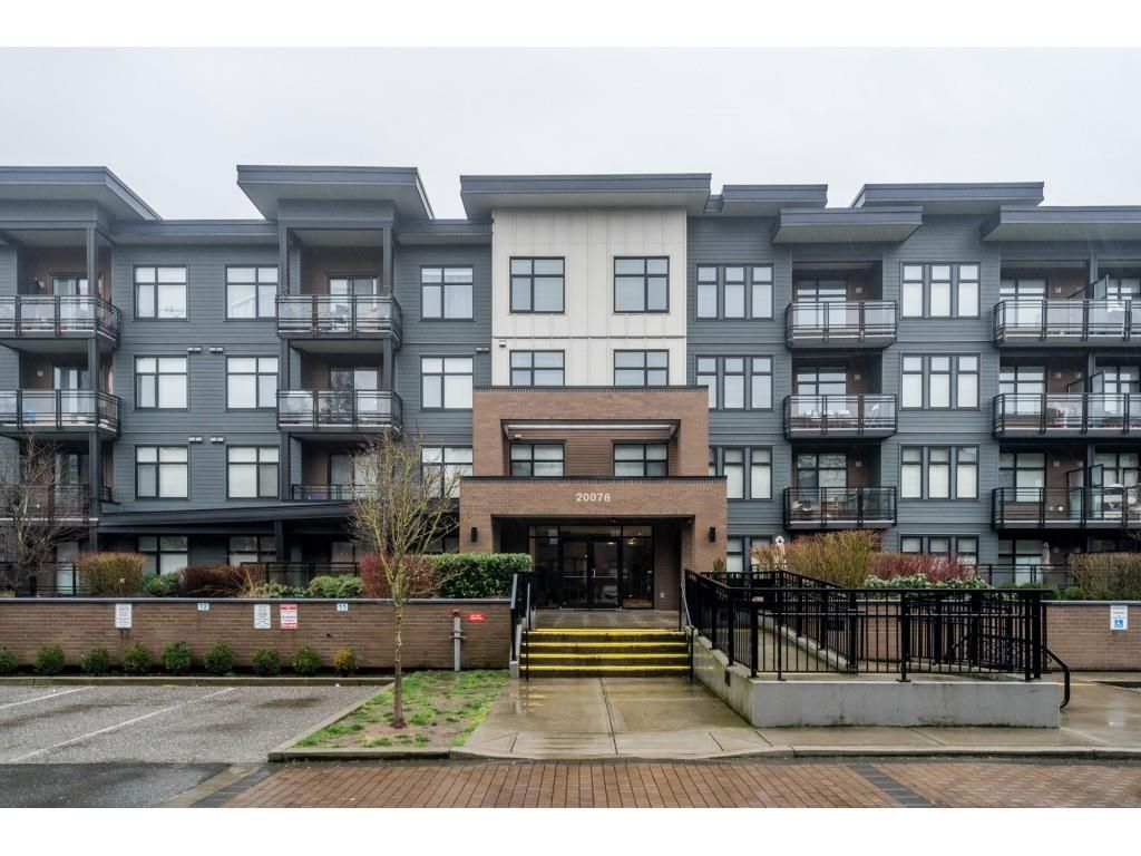 """Main Photo: 309 20078 FRASER Highway in Langley: Langley City Condo for sale in """"Varsity"""" : MLS®# R2533861"""