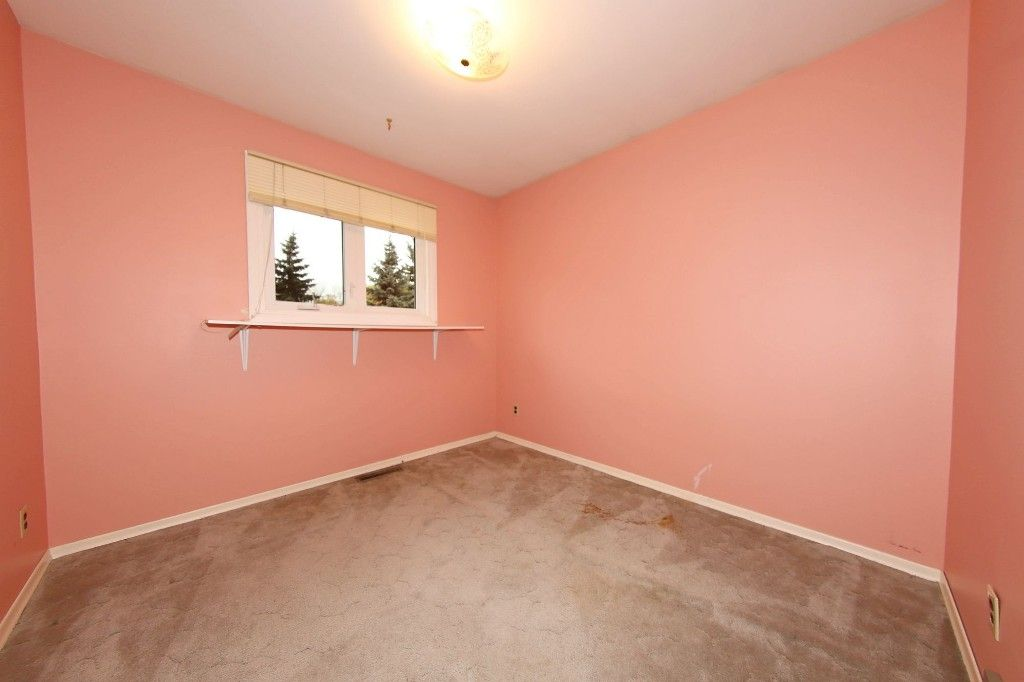 Photo 17: Photos: 86 Tamarind Drive in Winnipeg: Fraser's Grove Single Family Detached for sale (3C)  : MLS®# 1628027