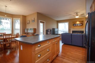 Photo 12: 8 15 Helmcken Rd in View Royal: VR Hospital Row/Townhouse for sale : MLS®# 829595