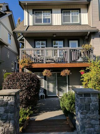 "Photo 3: 60 16233 83 Avenue in Surrey: Fleetwood Tynehead Townhouse for sale in ""VERANDA"" : MLS®# R2208901"