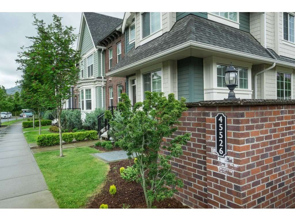 """Photo 30: Photos: 4 45526 TAMIHI Way in Sardis: Vedder S Watson-Promontory Townhouse for sale in """"BRIXTON STATION PHASE 2"""" : MLS®# R2459352"""