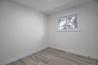 Photo 22: 2445 Elmwood Drive SE in Calgary: Southview Detached for sale : MLS®# A1119973