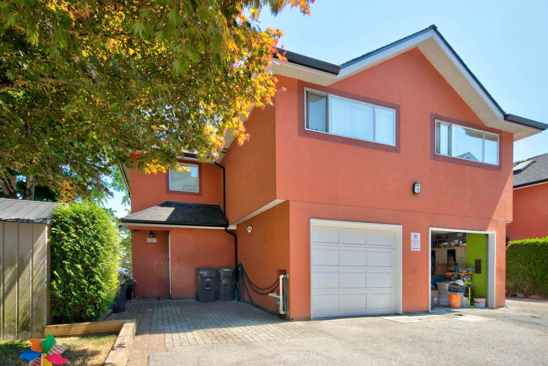 Main Photo: 107 303 CUMBERLAND STREET in New Westminster: Sapperton Townhouse for sale : MLS®# R2604826
