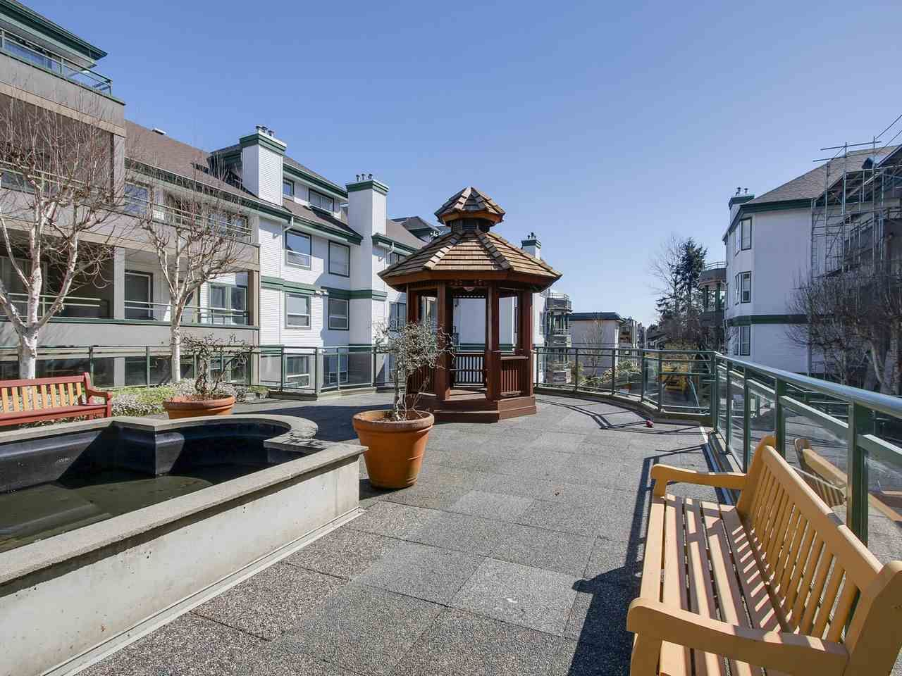 """Photo 13: Photos: 209 1575 BEST Street: White Rock Condo for sale in """"THE EMBASSY"""" (South Surrey White Rock)  : MLS®# R2151526"""