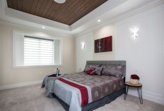 Photo 14: 7052 144A Street in Surrey: East Newton House for sale : MLS®# R2210105