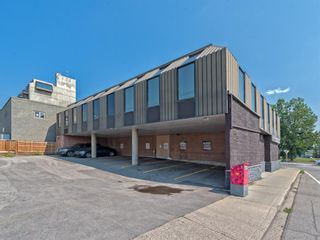 Photo 8: 701 14 Street NW in Calgary: Hillhurst Mixed Use for sale : MLS®# A1128858