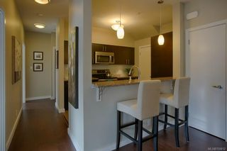 Photo 6: 302 595 Latoria Rd in Colwood: Co Olympic View Condo for sale : MLS®# 700812