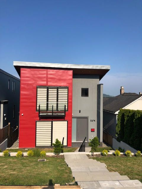 Photo 1: Photos: 14 Ellesmere Road in Burnaby: Capitol Hill House for rent (Burnaby North)
