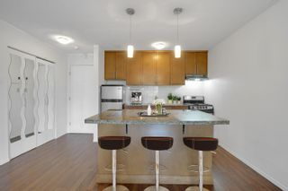 """Photo 5: 208 270 WEST 3RD Street in North Vancouver: Lower Lonsdale Condo for sale in """"Hampton Court"""" : MLS®# R2615758"""