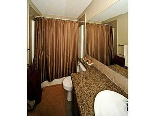 Photo 12: 14 COUNTRY VILLAGE Gate NE in CALGARY: Country Hills Village Townhouse for sale (Calgary)  : MLS®# C3578013