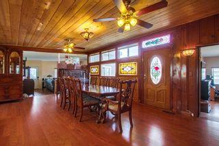 Photo 8: VISTA House for sale : 5 bedrooms : 1586 Sunrise Dr