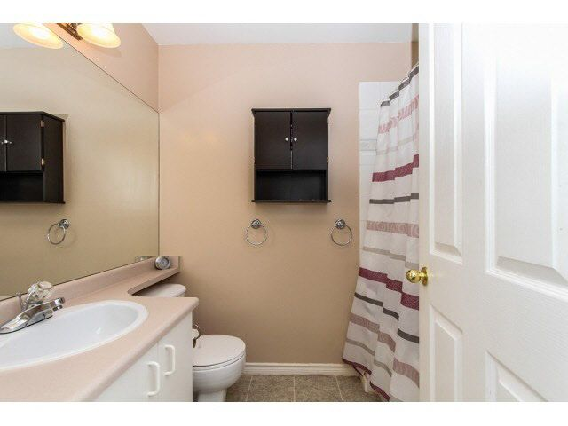 """Photo 14: Photos: 29 5666 208TH Street in Langley: Langley City Townhouse for sale in """"THE MEADOWS"""" : MLS®# F1437593"""