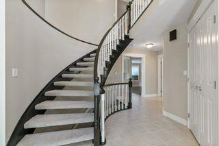 Photo 3: 259 HEAGLE Crescent in Edmonton: Zone 14 House for sale : MLS®# E4247429