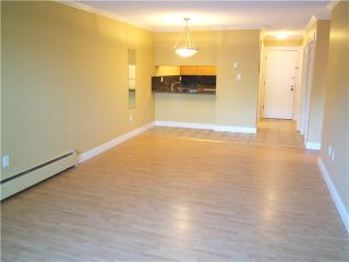 Photo 5: 108 4345 GRANGE Street in Burnaby: Central Park BS Condo for sale (Burnaby South)  : MLS®# V981832