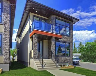 Photo 1: 2102 53 Avenue SW in Calgary: North Glenmore Park Detached for sale : MLS®# A1028710