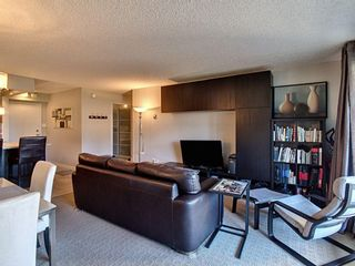 Photo 5: 809 221 6 Avenue SE in Calgary: Downtown Commercial Core Apartment for sale : MLS®# A1125192