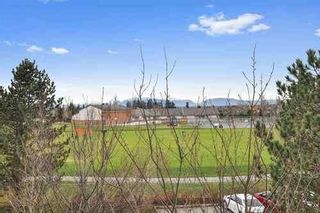 Photo 21: 3 3268 156A STREET in South Surrey White Rock: Home for sale : MLS®# R2520028