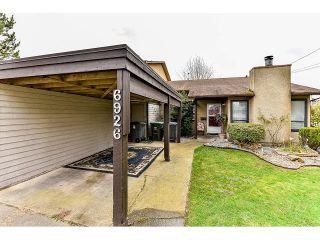 Photo 2: 6926 134 STREET in Surrey: West Newton 1/2 Duplex for sale : MLS®# R2050097