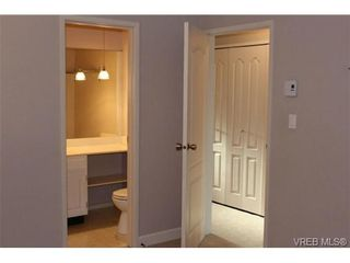 Photo 7: 206 2341 Harbour Rd in SIDNEY: Si Sidney North-East Row/Townhouse for sale (Sidney)  : MLS®# 690395