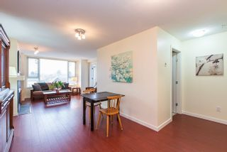 Photo 4: 317 7089 MONT ROYAL SQUARE in Vancouver East: Champlain Heights Condo for sale ()  : MLS®# R2007103