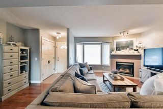Photo 4: 5492 Patina Drive SW in Calgary: Patterson Row/Townhouse for sale : MLS®# A1093558