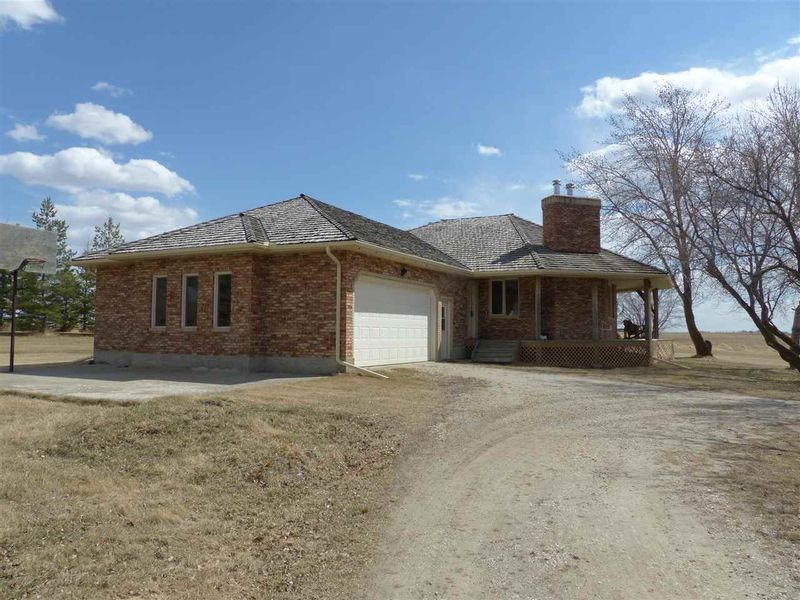FEATURED LISTING: 26221 Twp. 552 Rural Sturgeon County