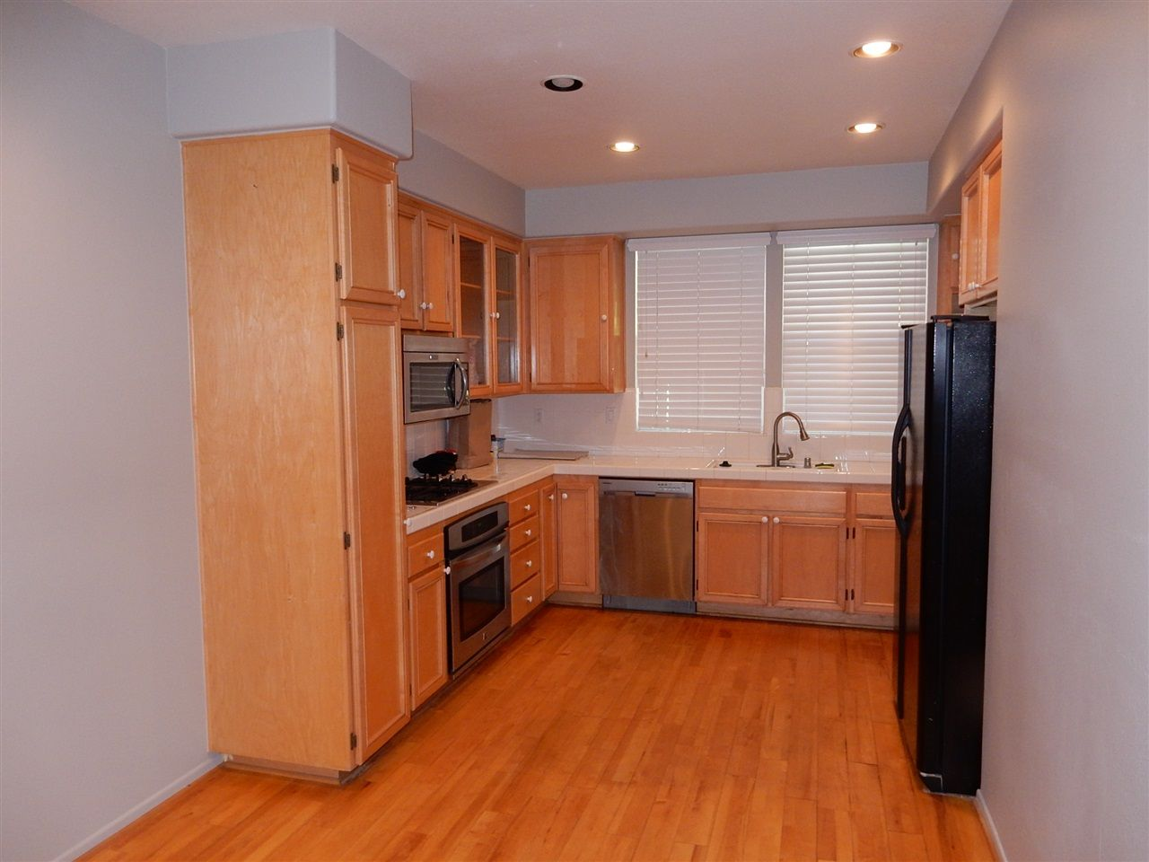 Photo 3: Photos: AVIARA Townhouse for rent : 3 bedrooms : 1662 Harrier Ct in Carlsbad