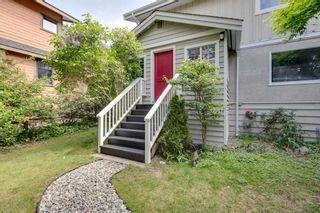 "Photo 2: 38724 BUCKLEY Avenue in Squamish: Dentville House for sale in ""Dentville"" : MLS®# R2572436"
