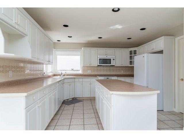 Photo 12: Photos: 20534 122B Avenue in Maple Ridge: Northwest Maple Ridge House for sale : MLS®# R2049601