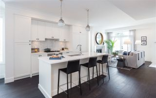 """Photo 9: 334 W 62ND Avenue in Vancouver: Marpole Townhouse for sale in """"Residence on Winona Park"""" (Vancouver West)  : MLS®# R2167442"""