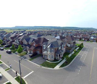 Photo 4: 451 Mockridge Terrace in Milton: Harrison Freehold for sale : MLS®# 30545444