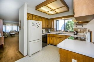"""Photo 8: 15304 85A Avenue in Surrey: Fleetwood Tynehead House for sale in """"Fleetwood"""" : MLS®# R2217891"""