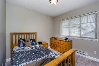 """Photo 14: 26 6238 192 Street in Surrey: Cloverdale BC Townhouse for sale in """"Bakerview Terrace"""" (Cloverdale)  : MLS®# R2248106"""