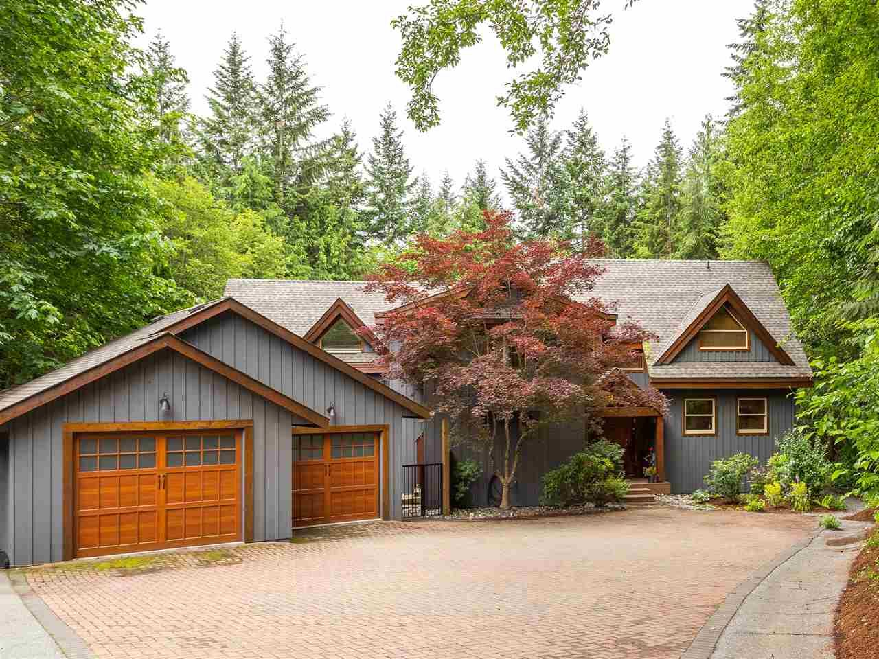 Main Photo: 2601 THE Boulevard in Squamish: Garibaldi Highlands House for sale : MLS®# R2176534