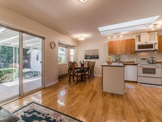 Photo 11: 5966 Sunset Rd in : Na North Nanaimo House for sale (Nanaimo)  : MLS®# 872237